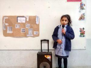 Niños y niñas de pre kínder y kínder realizan experiencias en donde se inicia la conciencia fonológica.