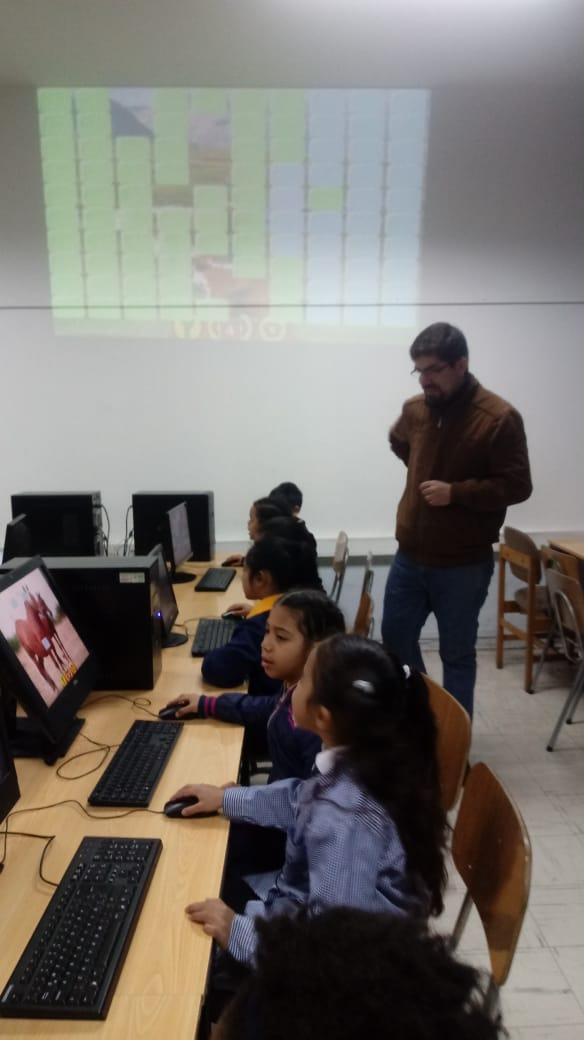 Kinder utiliza el laboratorio de enlaces en actividad de 2020.