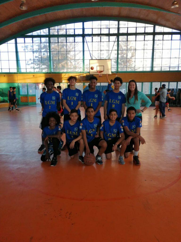 La selección U17 de básquetbol se coronó campeón comunal en el torneo escolar ganando todos sus partidos los días martes 14 y miércoles 15 de mayo.